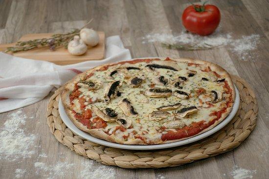 Pipol bar: Pizza boloñesa