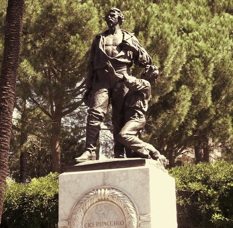 Statua di Ciceruacchio