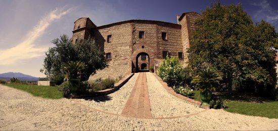 Jonqueres D'oriola Vignobles - Chateau de Corneilla Del Vercol