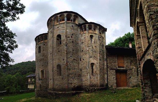 Chiesa San Costanzo al Monte