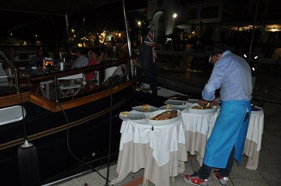Ristorante da Pier: Servizio in barca