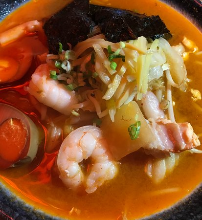 Kimchi seafood ramen 🍜