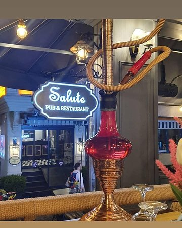 Salute Pub & Restaurant: Nargile....