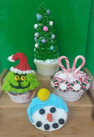 Kids Holiday Cupcake Class