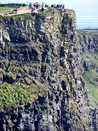 Entrada para los acantilados de Moher: cliff edge