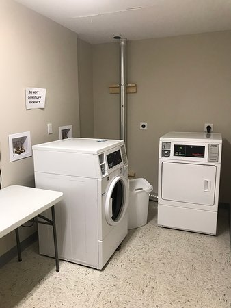 Laundry room/ ice machine room on 3rd floor