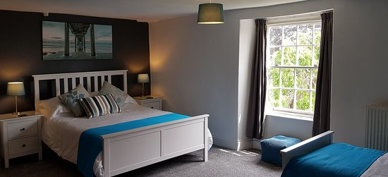 The Greyhound Inn: Room 3 - Family room, for two adults and a child, or a twin room.