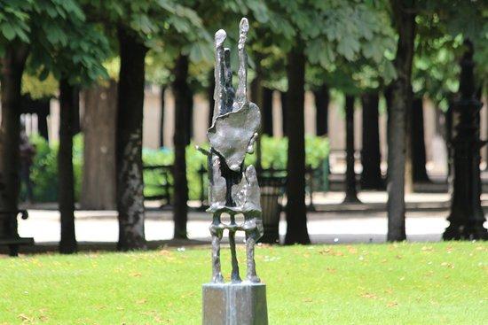 Sculpture Le Grand Échiquier
