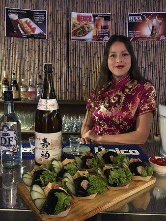 Temakis de langotinos con nuestra Geisha exclusiva para eventos