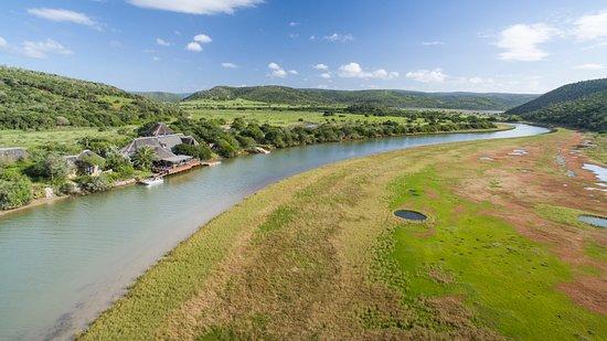 Kariega Game Reserve - River Lodge, Hotels in Cannon Rocks