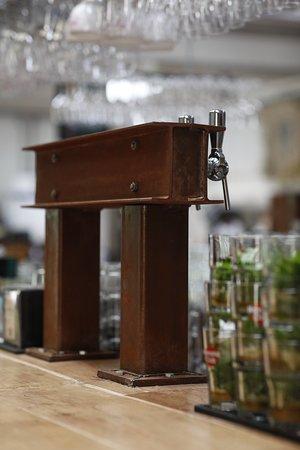 Tireuse à biére sur une thématique industriel