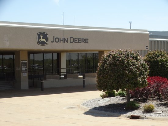 John Deere Tractor Works Factory Tour