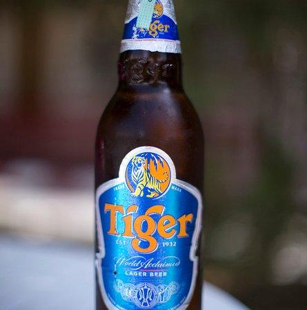 Angels Sports-Bar Restaurant: Tiger beer