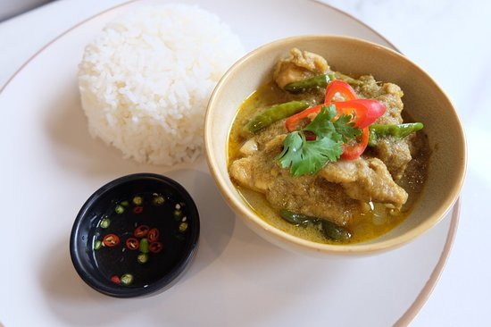 All Day Dining - Green Pork Curry With Jasmine Rice