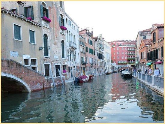 Ente Gondola: ممرات مائيه في فينيسيا