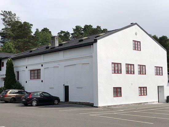 Drobak, นอร์เวย์: Kanskje den beste butikken for malerkunst på Østlandet