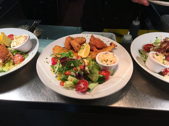 Fish Platter with Cod, Scampi & Breaded King Prawns