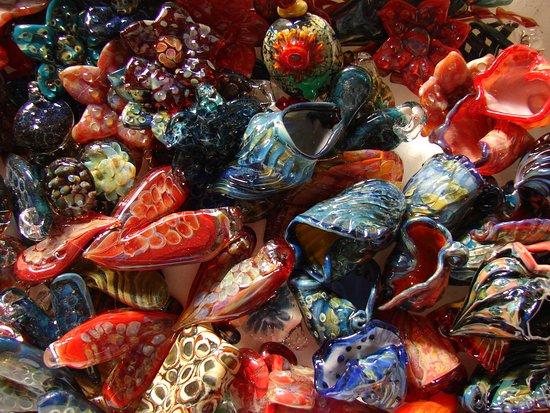 Cherryville, Canada: Beautiful handmade glass beads by Red Dog Glass Studio