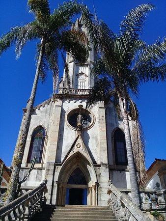 Catas Altas, MG: Fachada da Igreja de Nossa Senhora Mãe dos Homens