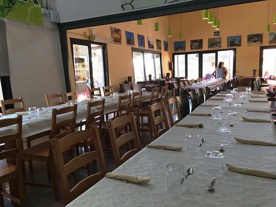 Restaurant Torcal Alto: Salón interior con ampliación.