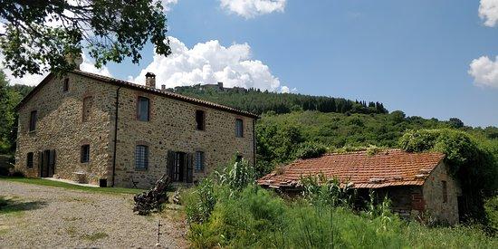 Montegiove, Italie : Zicht op Podere del Buongustaio