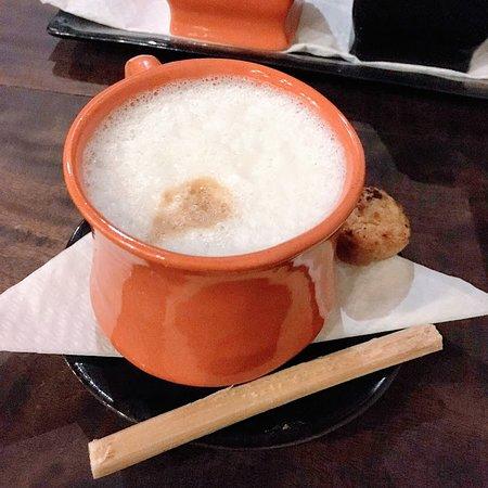 Taberna La Botija: cafe con lech