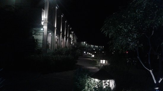Corbett The Baagh Spa & Resort: Night view