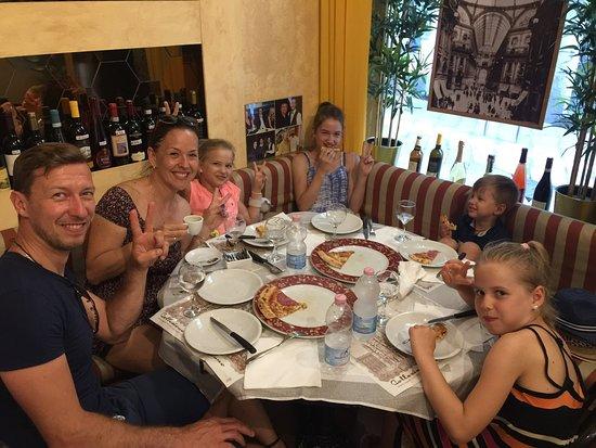 La Corte di San Maurilio Ristorante Pizzeria: La Corte di San Maurilio Ristorante Pizzeria