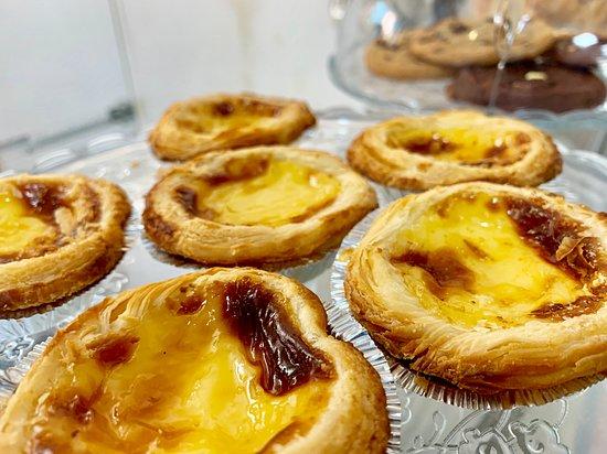 Mugshots Cafe and Deli: Portuguese Egg Tarts