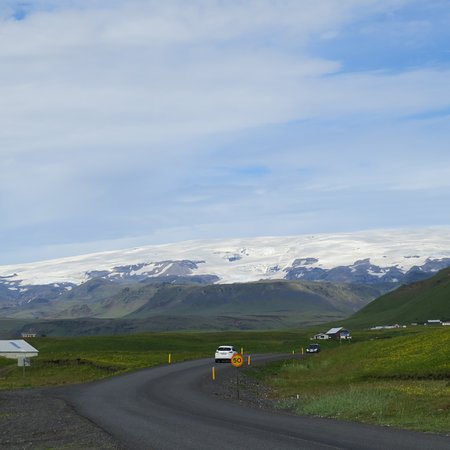 South Coast Full Day Tour by Minibus from Reykjavik: One of a thousand pictures I took of beautiful scenery.