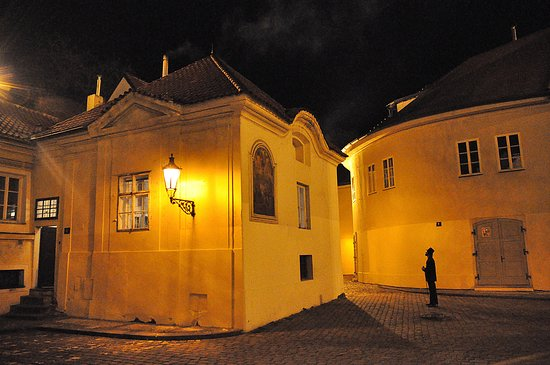Prague Telltale Ghost Tour at the Chapel