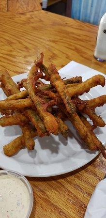 Ravenna, MI: Best fried asparagus!