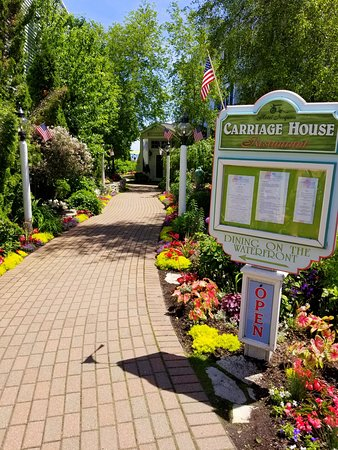 Carriage House: Front Entrance. Photographed by Melissa J. Peacock on July 3, 2019