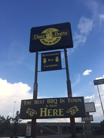 Deez Butts BBQ for best barbecue in Elizabethtown, Kentucky.