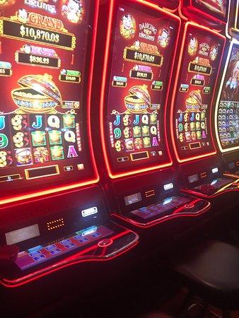 Online poker roulette