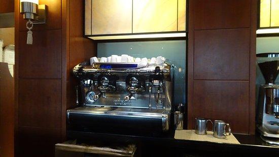 Hilton Hotel Molino Stucky - Rialto Lobby Bar and Lounge