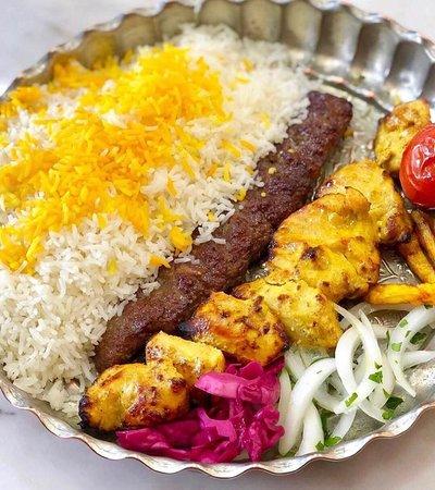 טהרן, איראן: Iranian lunch(kebab)
