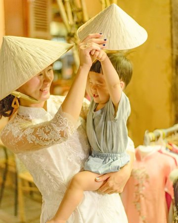 As you can probably see, Áo Dài is not just a costume – it is the essence and the glory of the Vietnamese culture.  