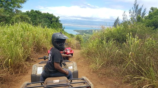 ATV Adventure in West Maui Mountains: Coming downhill.
