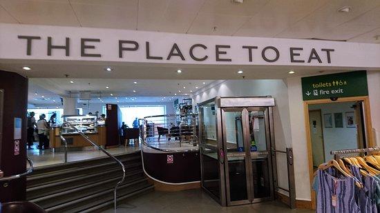 The Place to Eat: 約翰路易斯二樓自助式咖啡廳外觀