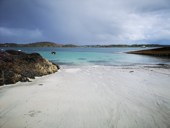 Paisley, UK: Iona beach