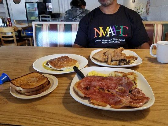 Kings Table Soul Food Kansas City Restaurant Reviews