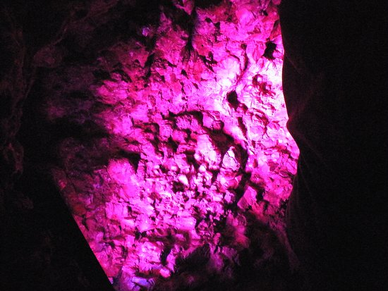 Heights of Abraham: light show in mine