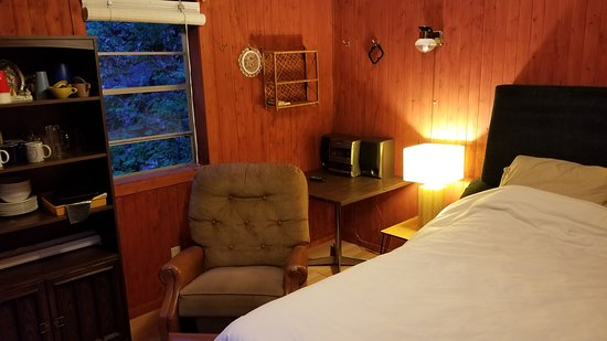 South Frontenac, Kanada: plus a cozy bunky