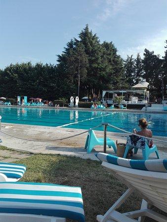 piscina grossa