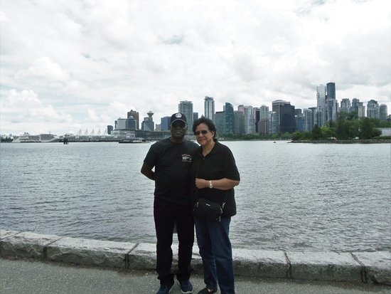 Private Tour: Vancouver Sightseeing and Capilano Suspension Bridge: Vancouver from Stanley Park