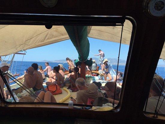 Parikia Town: Captain John Day trip Paros Antiparos