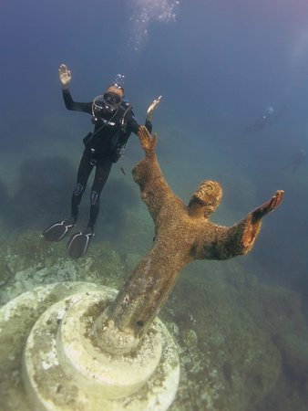 Foto Discover Scuba Diving Portofino & Christ of the Abyss