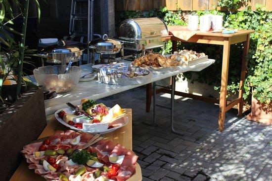 Rufenach, Szwajcaria: Brunch Buffet