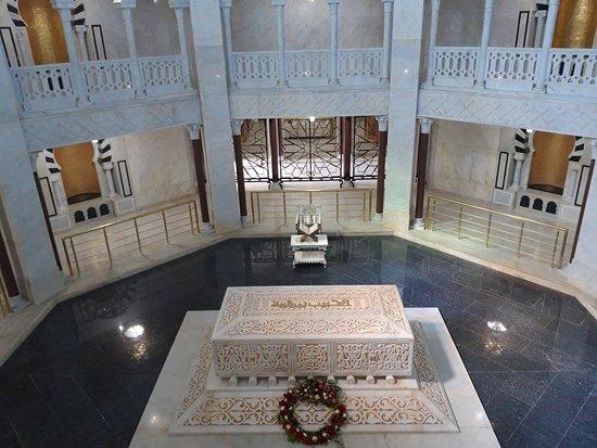 Bourghiba Mozelesi: Il sarcofago